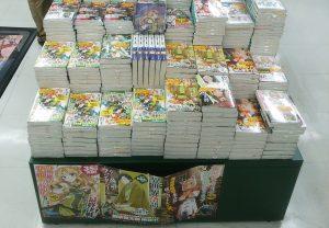 新刊コーナー正面にヒーロー文庫があります